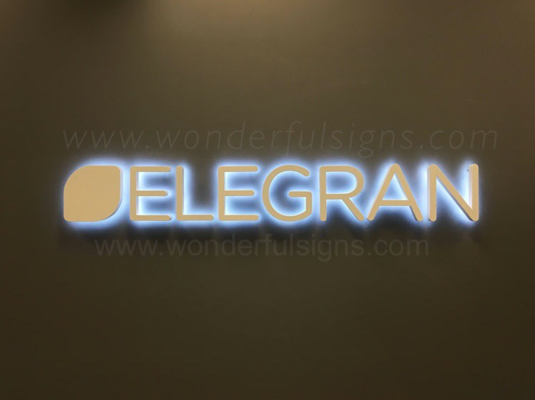 Backlit Letters | Halo Letters | Reveres Illuminated Letters